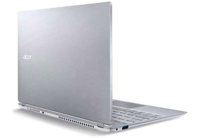 acer-aspire-s7-191-angle-3